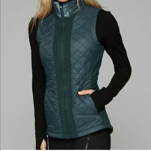 Athleta Rock Springs teal quilted vest XXS